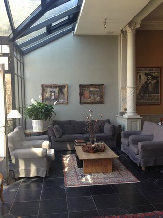 Hotel Ter Duinen: The common area where we played cards
