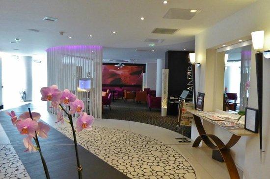 Pullman Montpellier Centre : Lobby