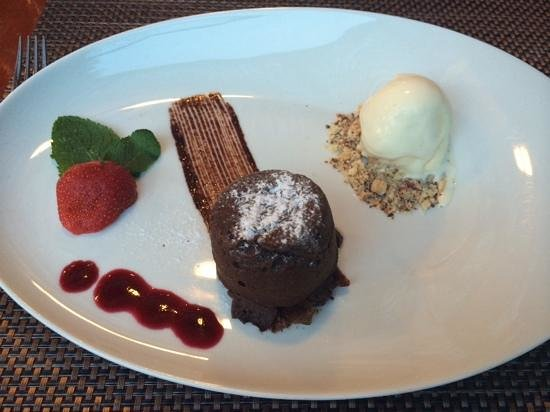 Restaurant Amfora : chocolate souffle