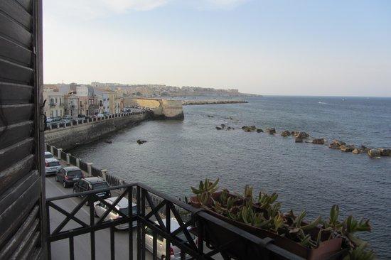 Domus Mariae: sea view