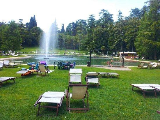 Villa dei Cedri : il primo laghetto (acqua più freddina)