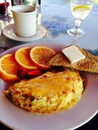 Inn at Churon Winery: Breakfast at Churon