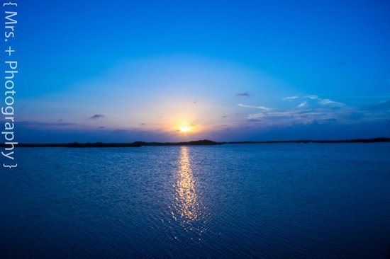 Cocotal Inn & Cabanas: Lagoon Sunset