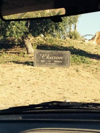 Inn at Churon Winery: Sign when you enter