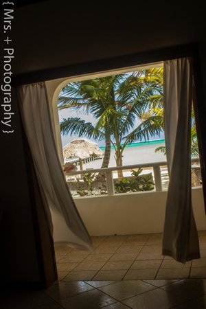 Cocotal Inn & Cabanas : view from Beach Room