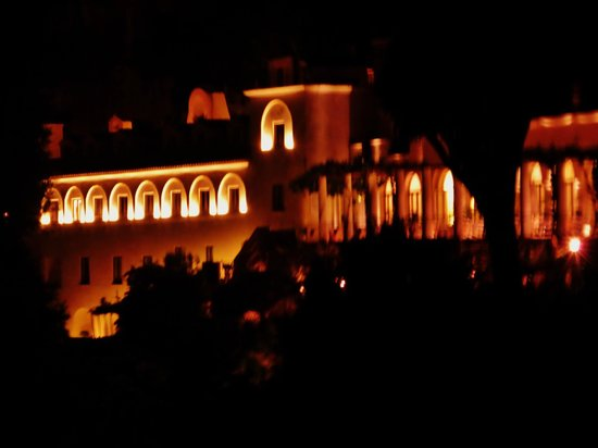 NH Collection Grand Hotel Convento di Amalfi: Grand Hotel Convento di Amalfi at Night