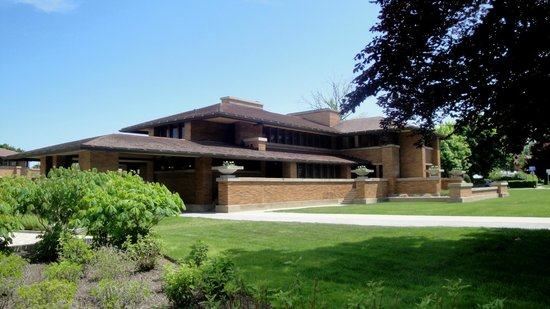 Frank Lloyd Wright's Darwin D. Martin House Complex : The Martin House by Frank Lloyd Wright