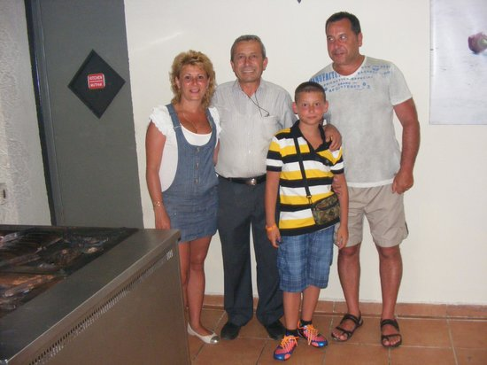 Pigale Family Club : we and the manager Viktor