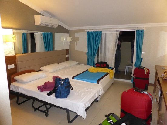 Marcan Resort Hotel : our room was spacious and clean