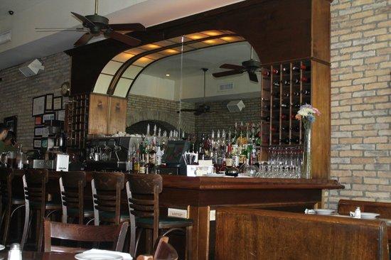 Rosinella Por Dentro Bar