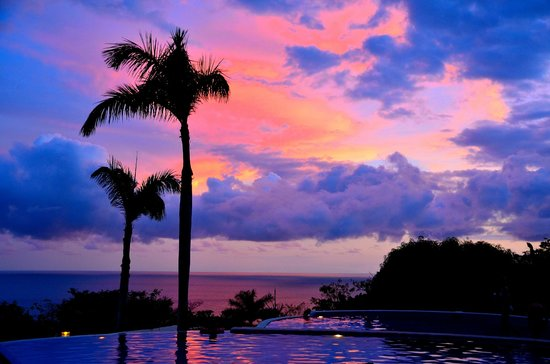 Parador Resort and Spa: Sunset from the pool