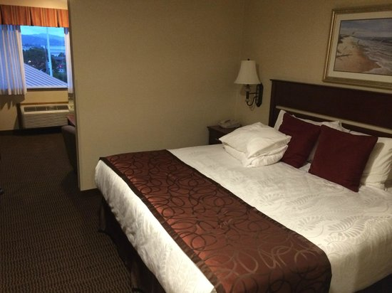 Best Western Plus Landmark Inn: Bedroom
