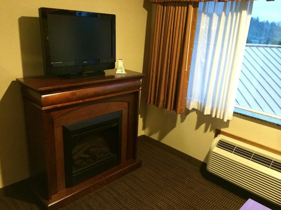 BEST WESTERN PLUS Landmark Inn : Living Area