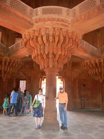 Fort rouge d'Āgrā : Unusual, beautiful architecture