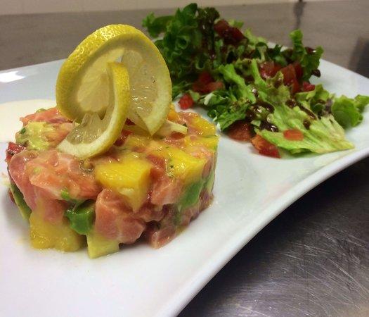 L'Eliandre Burger Bar : Tartare de saumon