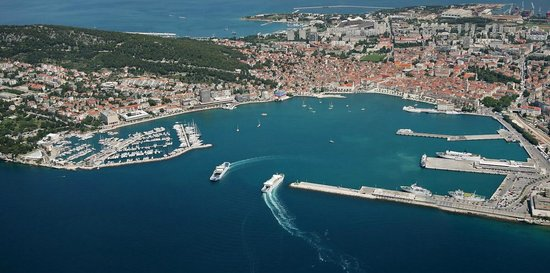 Val Apartments : The view of Split from the air