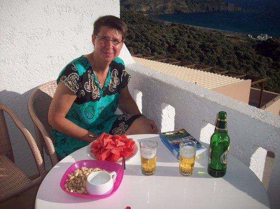 Mirthios, Grèce : frühstück aufm balkon