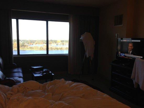 DoubleTree by Hilton Orlando Downtown : Vista do quarto.