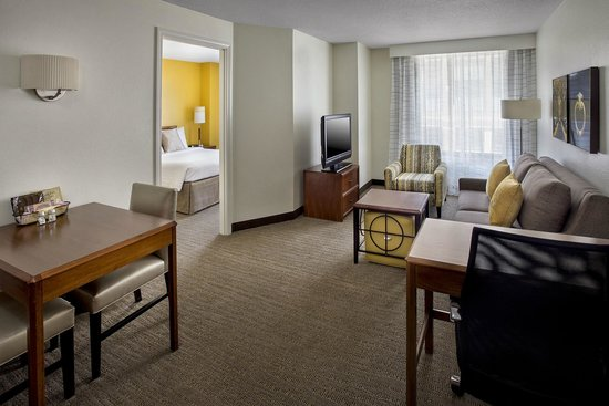 Residence Inn Boston Cambridge: One Bedroom Suite