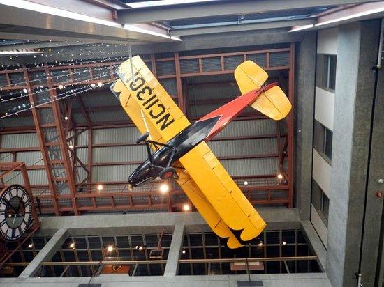 Grand Rapids Public Museum: Ceiling