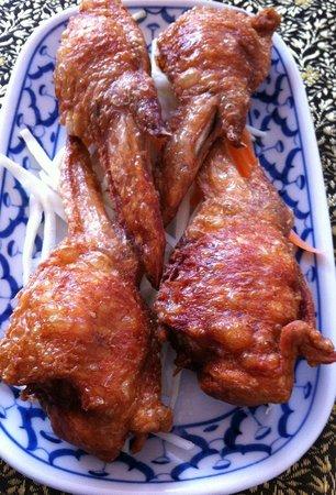 Torbay Thai: Stuffed chicken wings