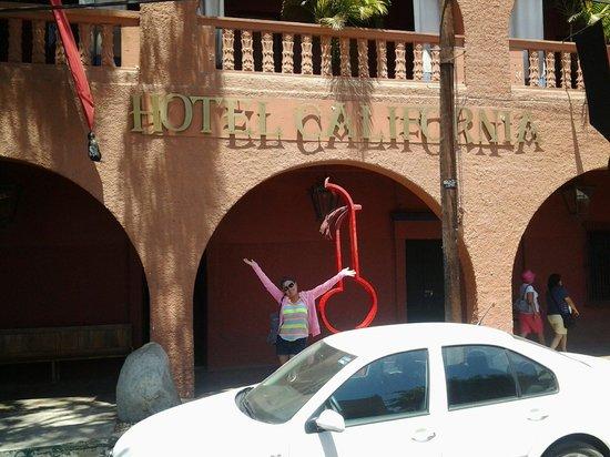Hotel California : Lindo.buena comida y el bartender muy servicial