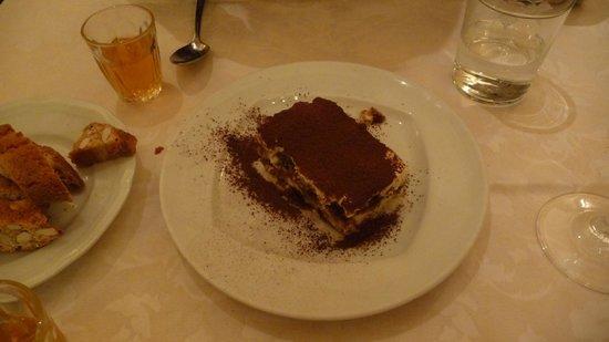 L'Osteria di Giovanni: good enough tiramisu