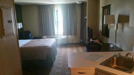 Extended Stay America - Temecula - Wine Country: Pic2
