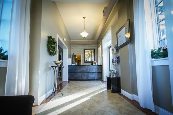 Posh, The Boutique Hotel in Biltmore Village: Registration