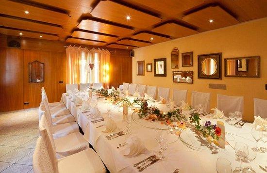 spiegelzimmer bild von restaurant fischerstuben augsburg tripadvisor. Black Bedroom Furniture Sets. Home Design Ideas