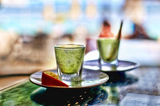 Scallywags Beach Club: Scallywags Organic Restaurant - Gili Air - Lombok - Indonesia - Wandervibes - wheatgrass shots