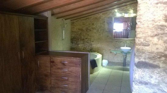 Hotel Restaurant Mas Palou : techos abovedados