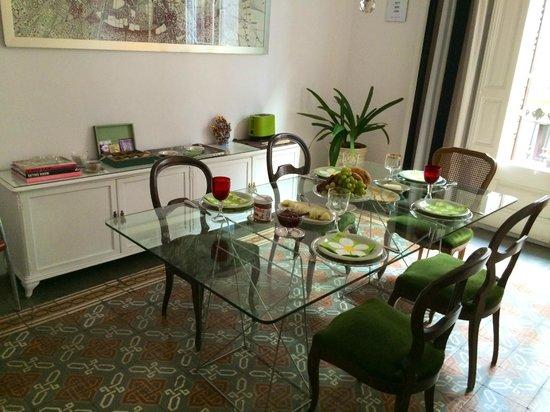 Casa Marcelo Barcelona : The living hall for breakfast