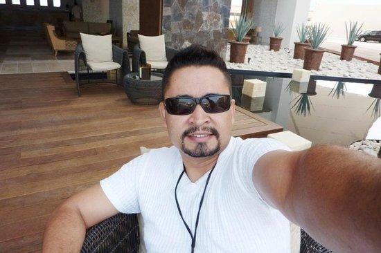 Now Amber Puerto Vallarta: Mirenme, la bebida no se ve, pero les aseguro que si me funcionaba la re-hidratacion jajajajaja