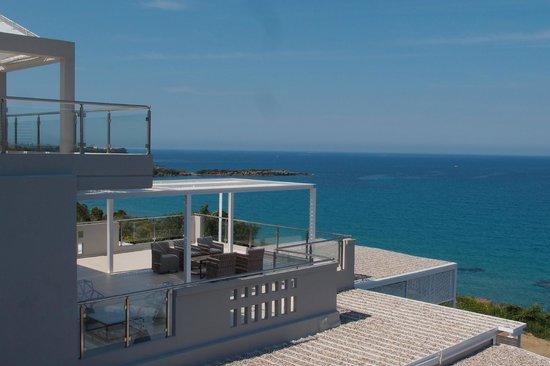 Mare Dei Suites Hotel Ionian Resort: espace  d accueil vue de la chambre