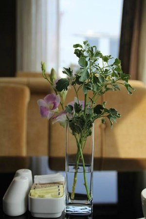 Peninsula Excelsior Hotel: Красивый вид из окна за завтраком