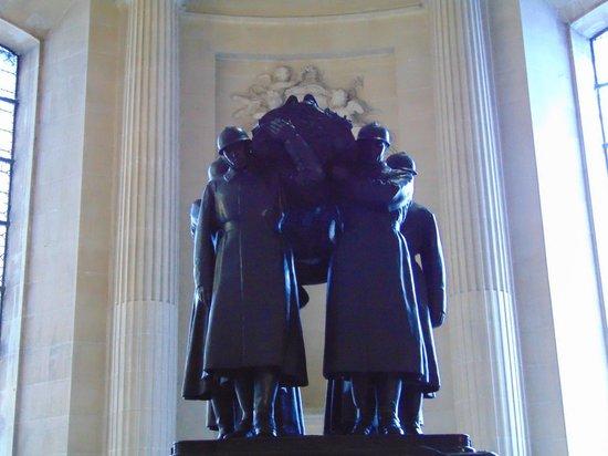 Museo de la Armada: Monument to the fallen of WWI