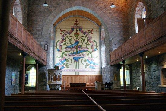 Drumcliffe Church: Interno della chiesa