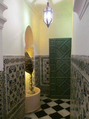 Riad Arous Chamel: front door