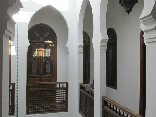 Riad Arous Chamel: second floor around courtyard