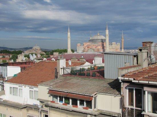 White House Hotel Istanbul : Breakfast View - Haghia Sophia