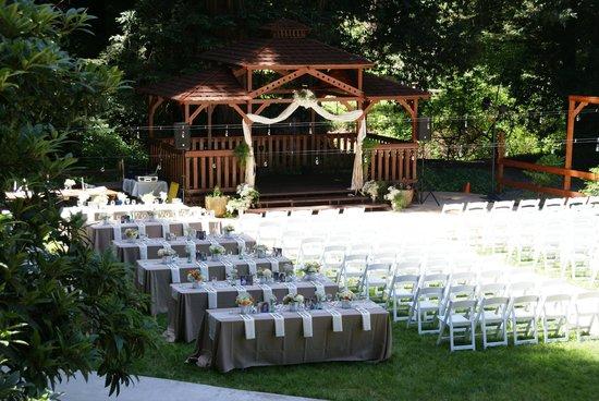 Fern River Resort Motel: Wedding setup