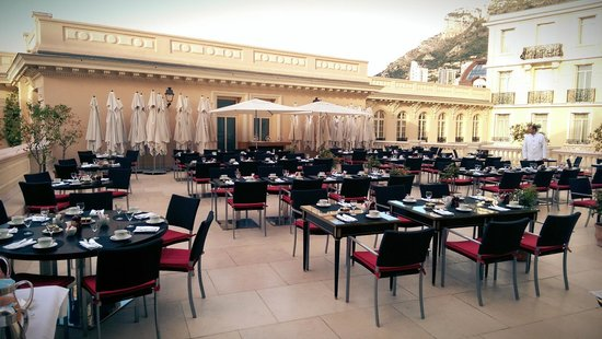 Hotel Hermitage Monte-Carlo : Outside breakfast terrace