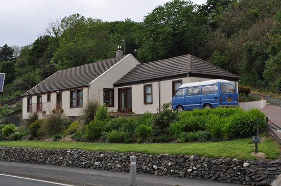 Cairnryan Bed and Breakfast: easy access and parking