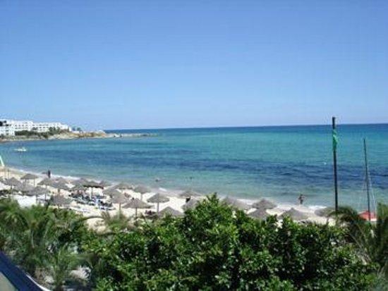 SENTIDO Aziza Beach Golf & Spa: vue du restaurant le midi