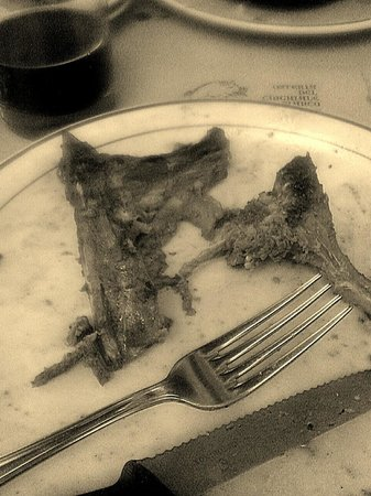 Osteria del Cinghiale Bianco : Nothing left of my grilled wild boar!