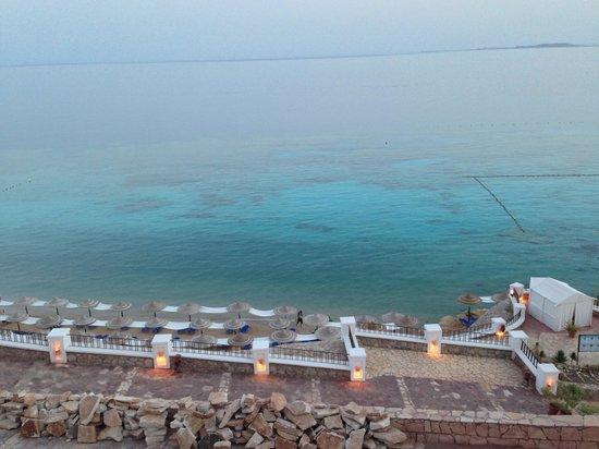 Jaz Fanara Resort & Residence : Foto spiaggia da terrazza zona piscina