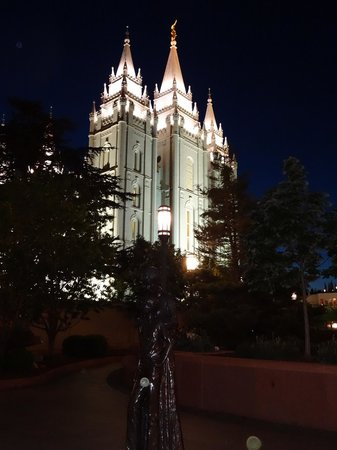 Temple Square: The Temple and the Sq!!!