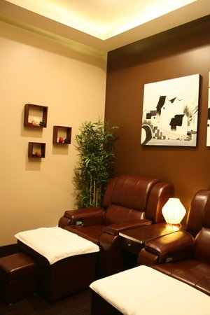 reflexology 2 foto di sole spa edmonton edmonton tripadvisor. Black Bedroom Furniture Sets. Home Design Ideas