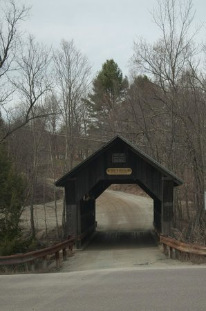 Gold Brook Covered Bridge (Emily's Covered Bridge): we're about to drive through